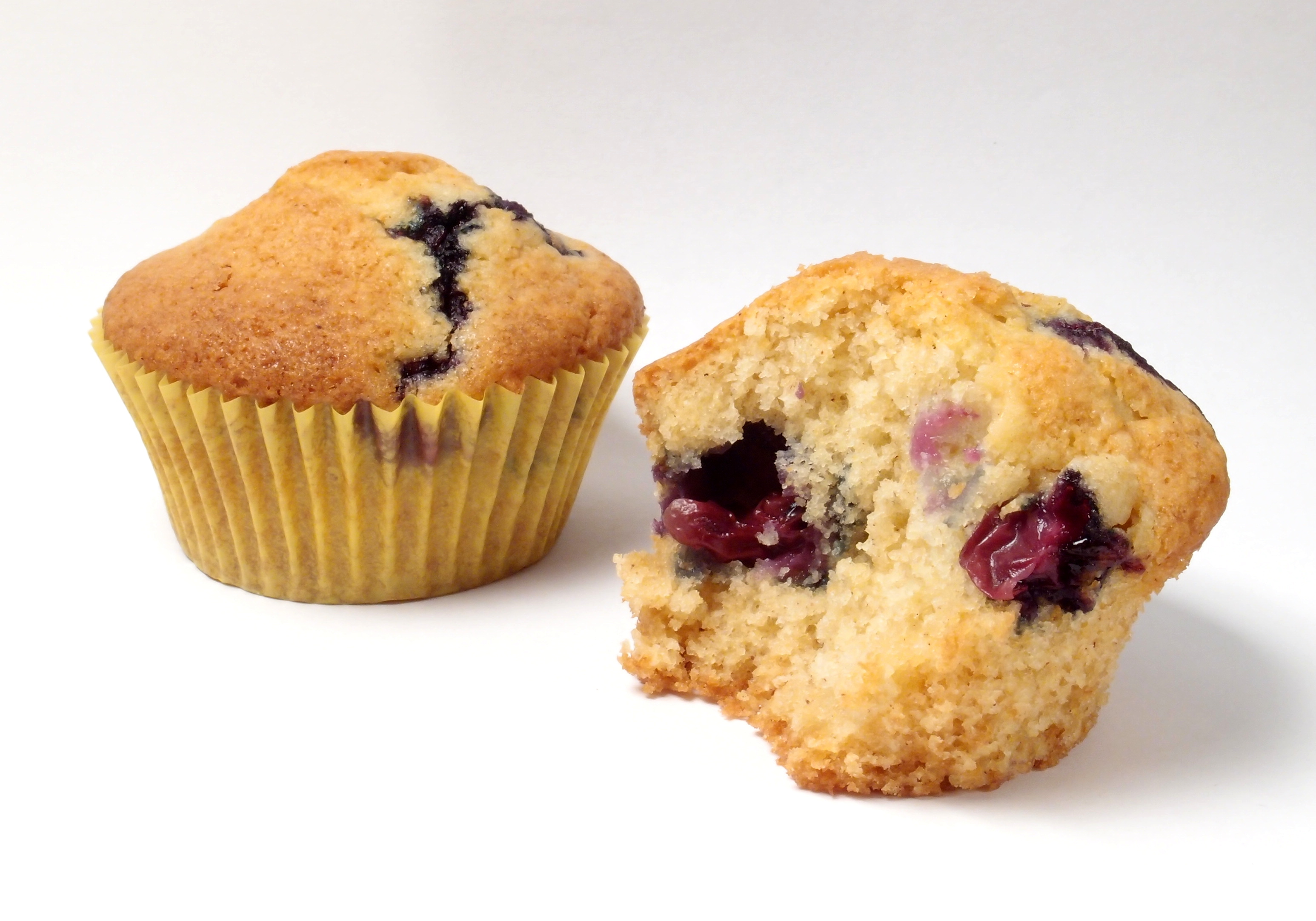 File:Blueberry Muffins, Whole And Partial.jpg