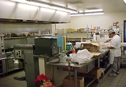 English: Kitchen at Yuba/Sutter Camp and Juven...