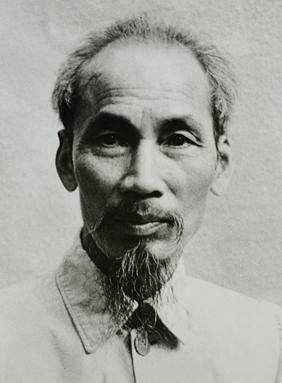 Ho Chi Minh 1946.jpg