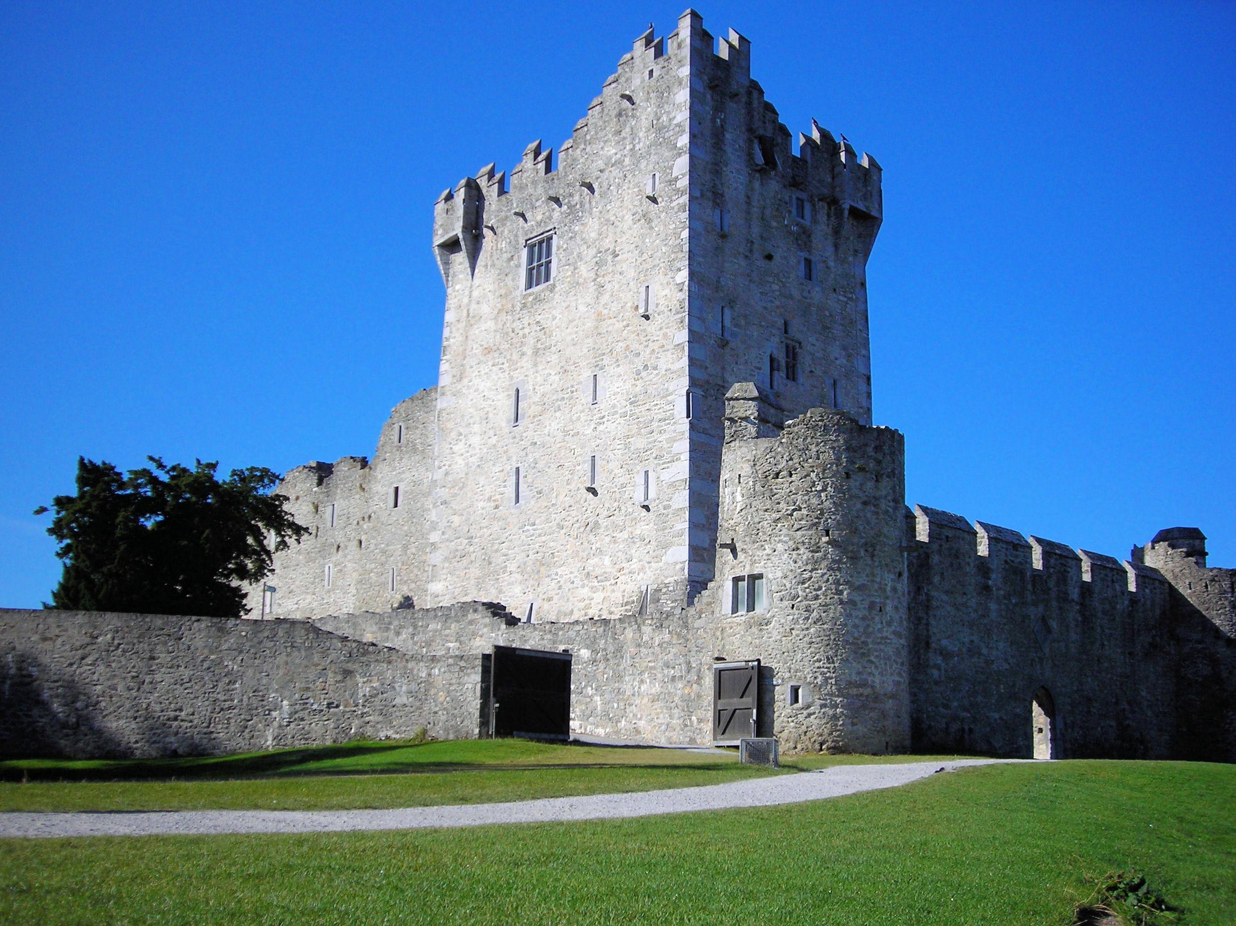 Ireland Fall Wallpaper File Ross Castle Killarney National Park Kerry Ireland