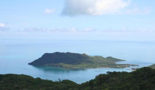 https://i0.wp.com/upload.wikimedia.org/wikipedia/commons/1/1d/Isla_Santa_Catalina_island,_Colombia.JPG?resize=650%2C378&ssl=1