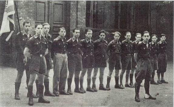 https://i0.wp.com/upload.wikimedia.org/wikipedia/commons/1/1d/Young_Jewish_members_from_German_Chapter_of_Betar_in_Berlin%2C_1936.jpg