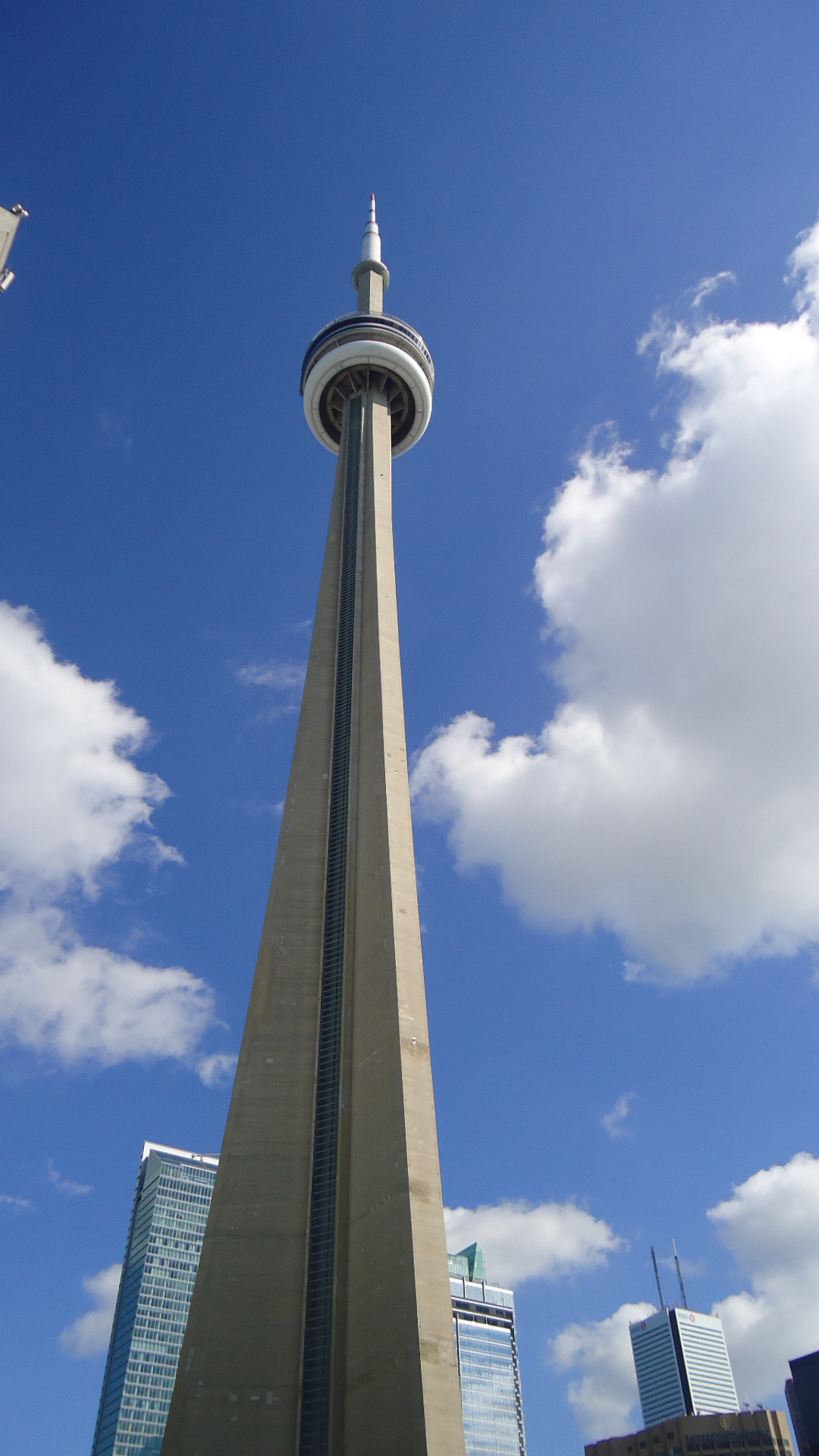 File:CN Tower 03.JPG - Wikimedia Commons