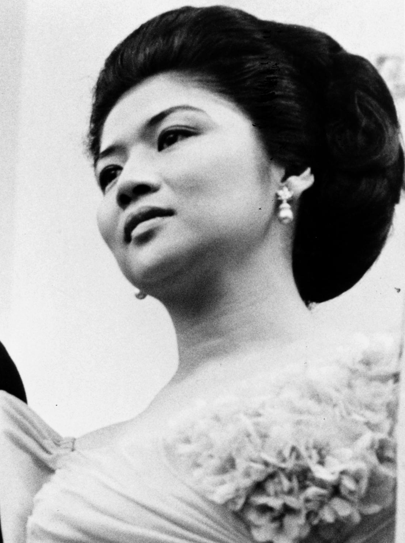 Imelda Marcos — Wikipédia