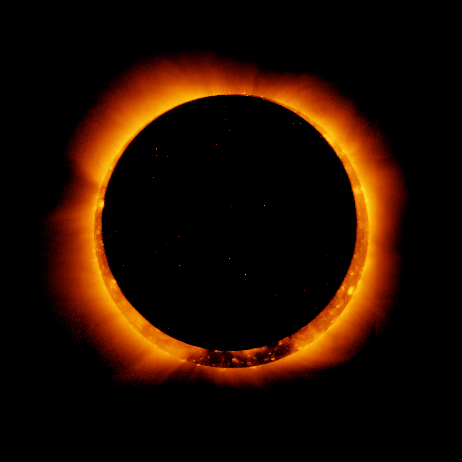 https://i0.wp.com/upload.wikimedia.org/wikipedia/commons/2/20/Hinode_Observes_Annular_Solar_Eclipse%2C_4_Jan_2011.jpg?resize=750&ssl=1