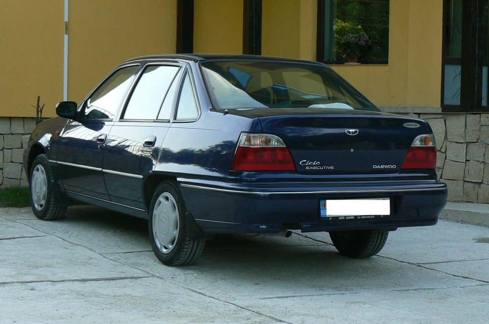 medium resolution of file daewoo cielo executive built in romania equipped with the a15mf 16valve engine