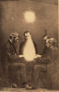 Séance conducted by John Beattie, Bristol, Eng...