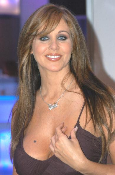 https://i0.wp.com/upload.wikimedia.org/wikipedia/commons/2/21/Julia_Ann%2C_AEE_2007_1.JPG