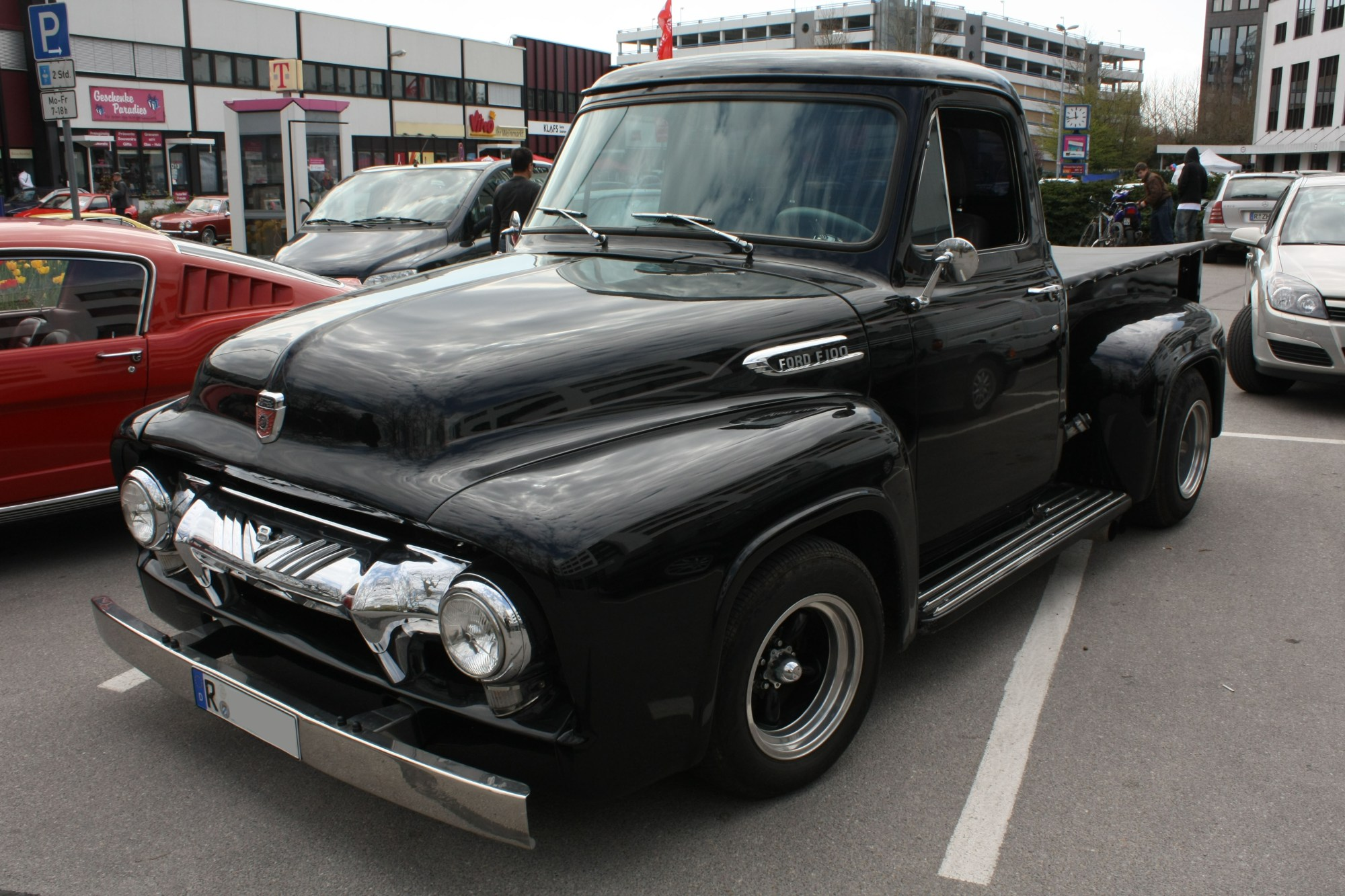hight resolution of file ford f100 1954 front jpg