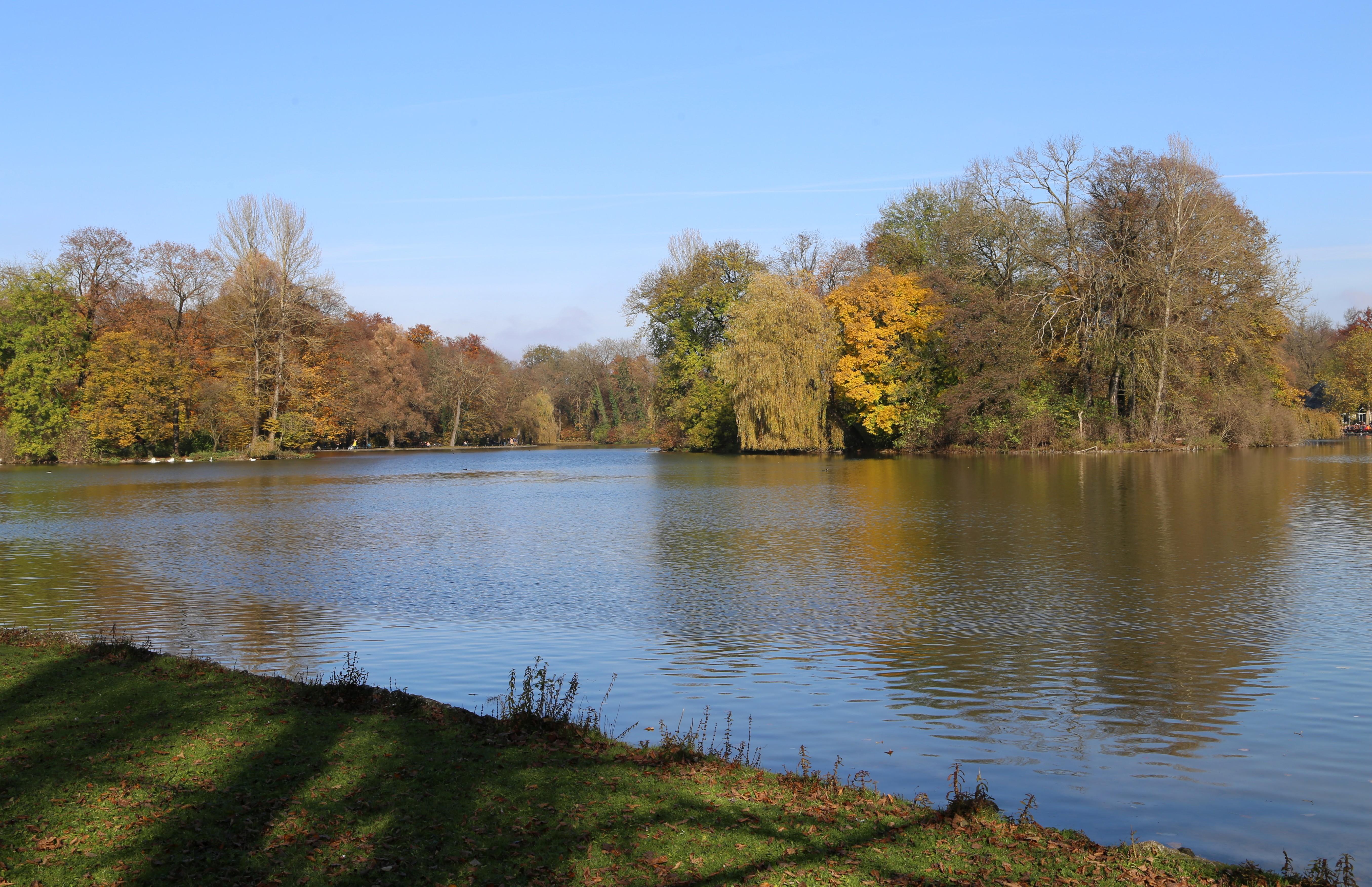 File Kleinhesseloher See Englischer Garten Muenchen 6