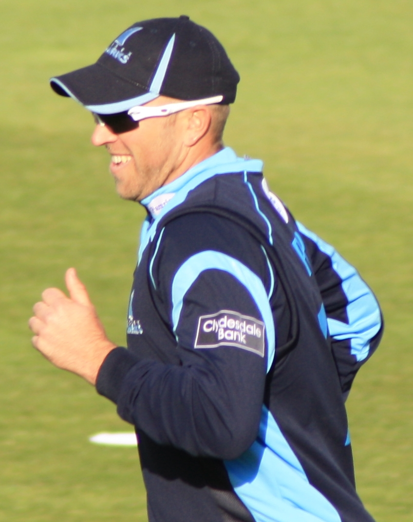 English: Matt Prior in the field for Sussex du...