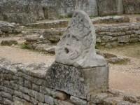 File:Roman fountain Glanum.jpg - Wikimedia Commons