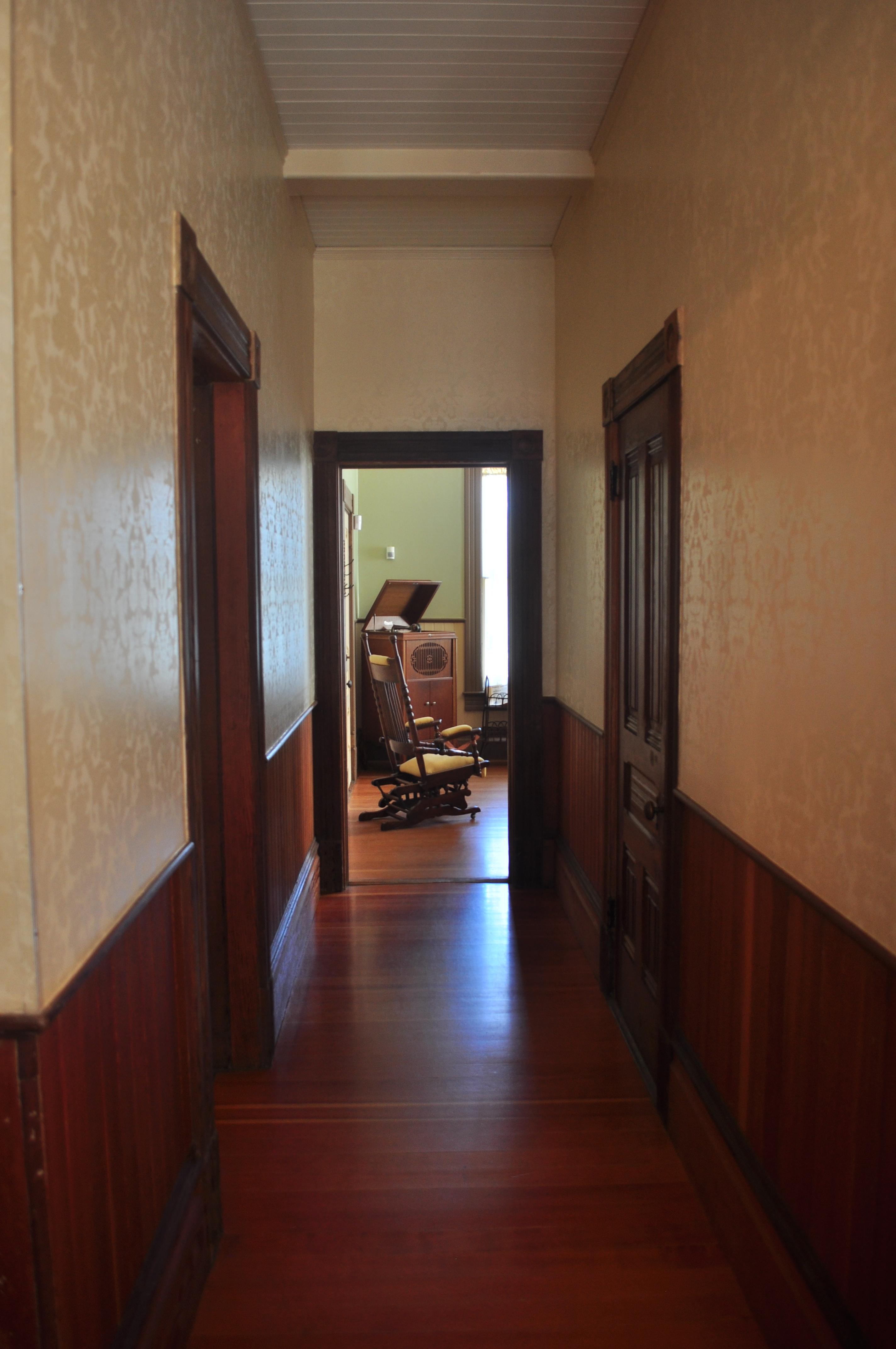 File Sixes Oregon Patrick Hughes House Interior 18