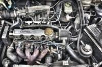 Gaszug - Spiel Pedal + teils Vollgas : Opel Astra F