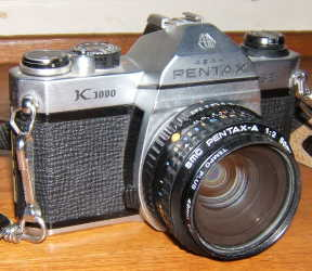 English: Pentax K1000 SE, photographed by me. ...