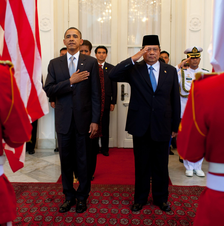 Fileobama And Susilo Bambang Yudhoyono In Arrival Ceremony Cropped Jpg