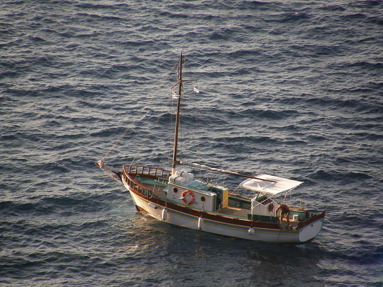 Fenders on sailboat