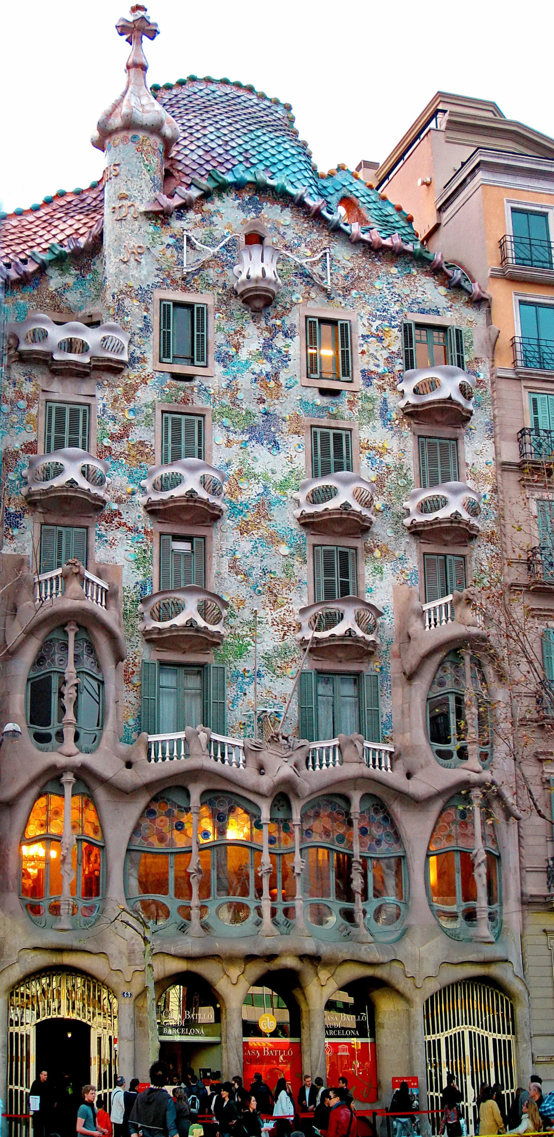 Antoni Gaudi Heritage  The Architect and his Wonders  Hotel Arc La Rambla