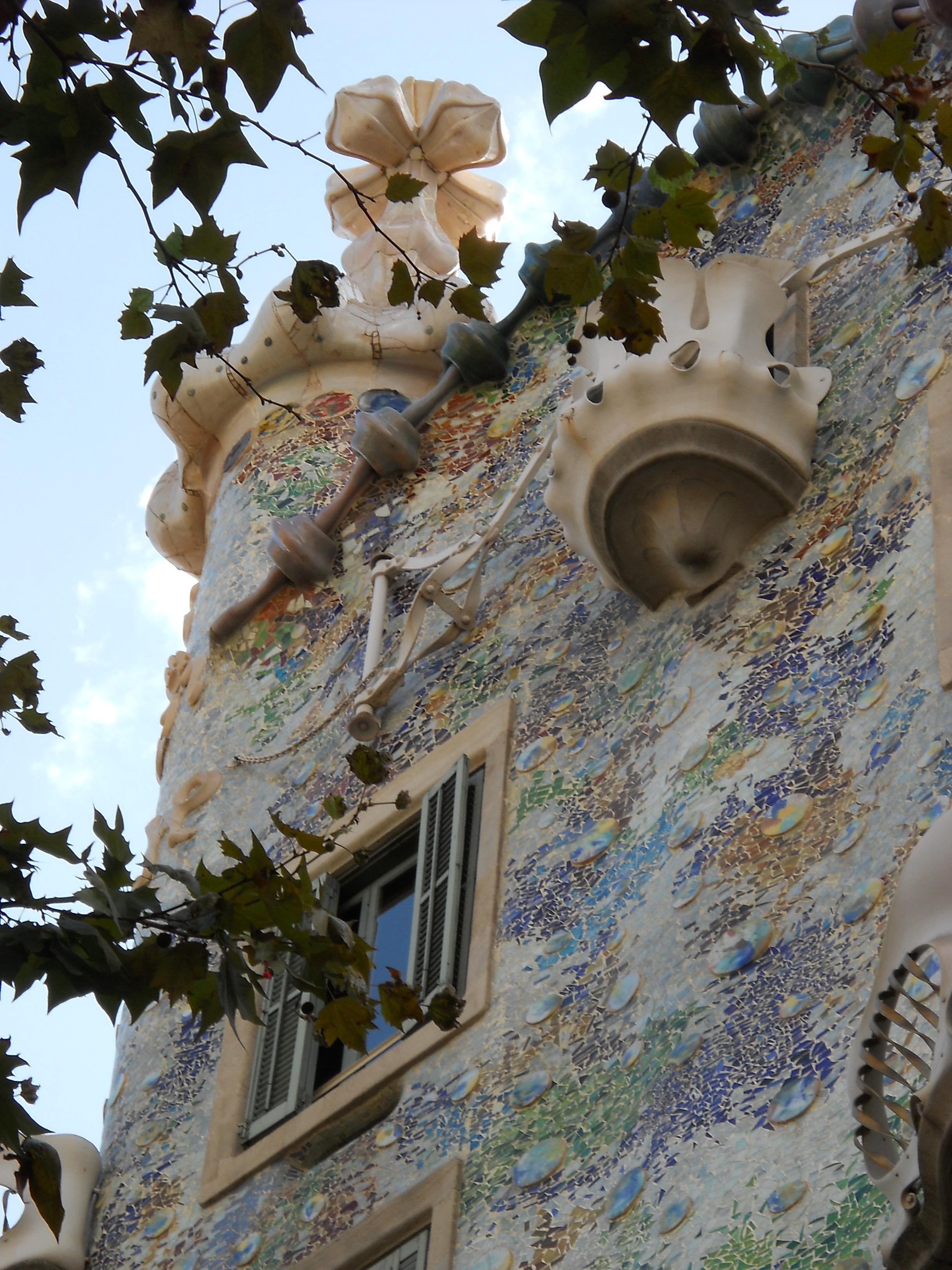 ArchivoBarcelona Casa Batllo detallejpg  Wikipedia la enciclopedia libre
