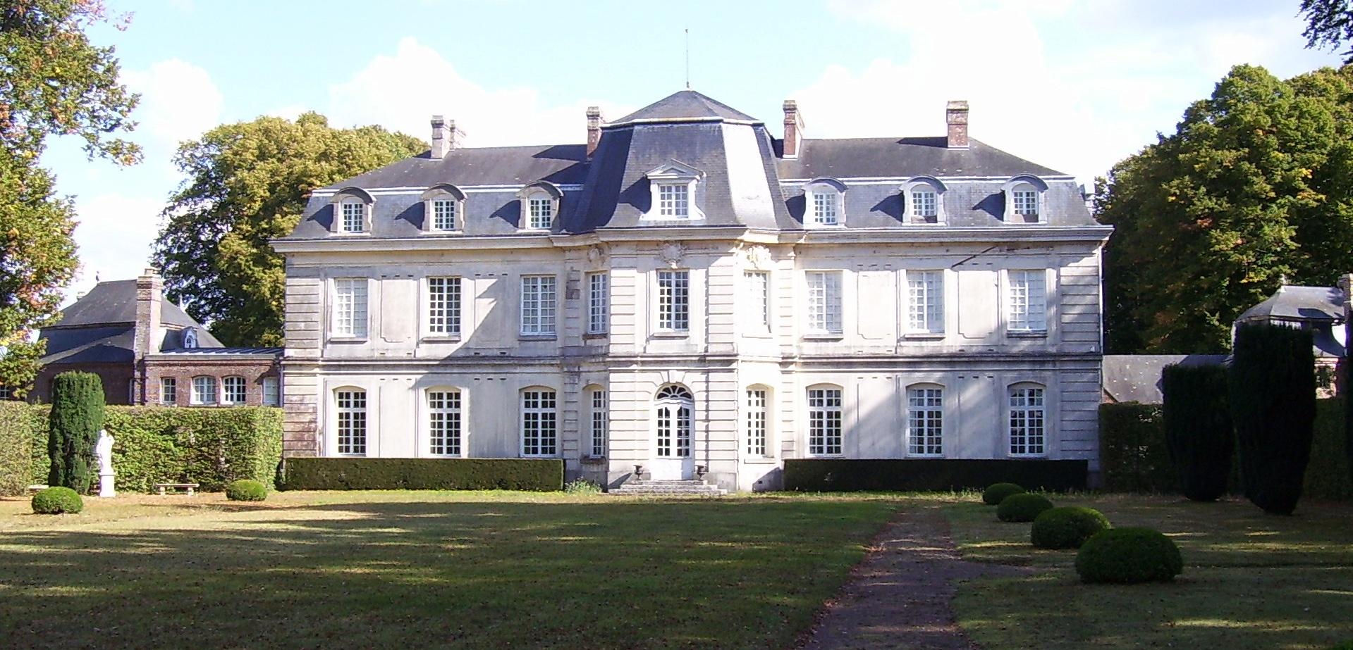 Rückseite des Château de Launay, vom Garten aus, eigenes Foto (auf commons), Lizenz: CC by/ Creative Commons Attribution 3.0 Unported