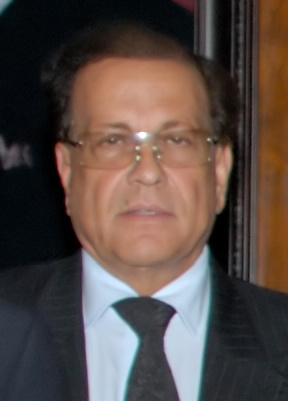 English: Salmaan Taseer, cropped/denoised from...