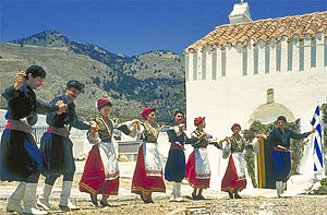 A group of modern Sfakians dancing at Komitade...