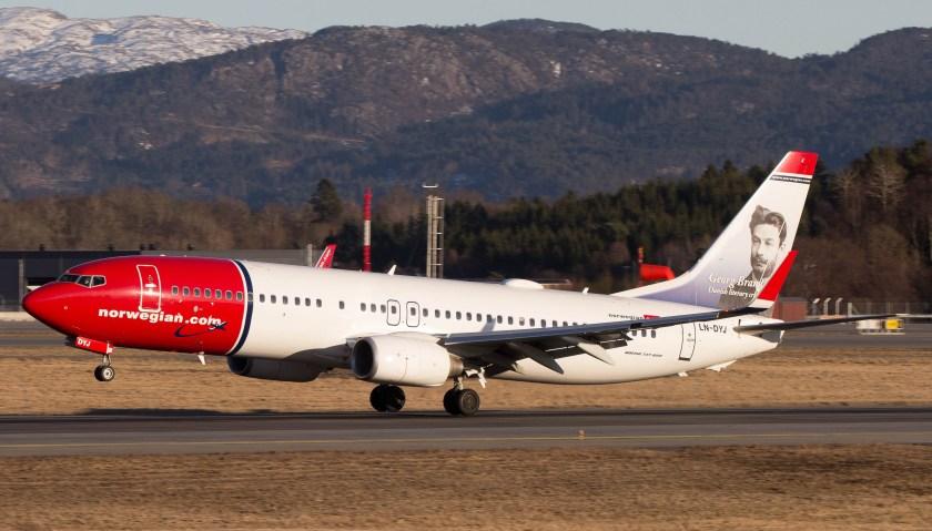 Bildresultat för norwegian boeing 737