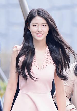 Kim Seol Hyun Wikipedia
