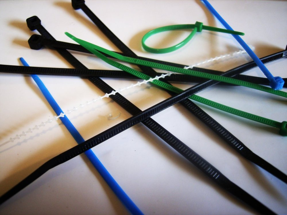 medium resolution of plastic locking wire harnes for strap