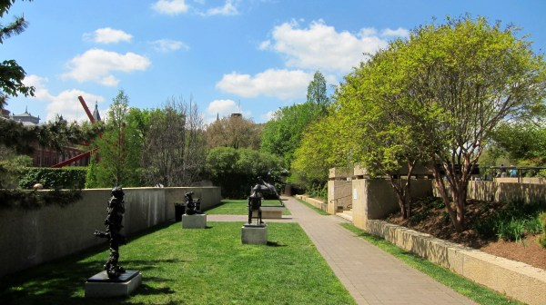 File Hirshhorn Museum' Sculpture - Wikimedia