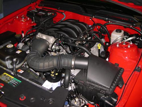 small resolution of file 2006 ford mustang gt engine jpg