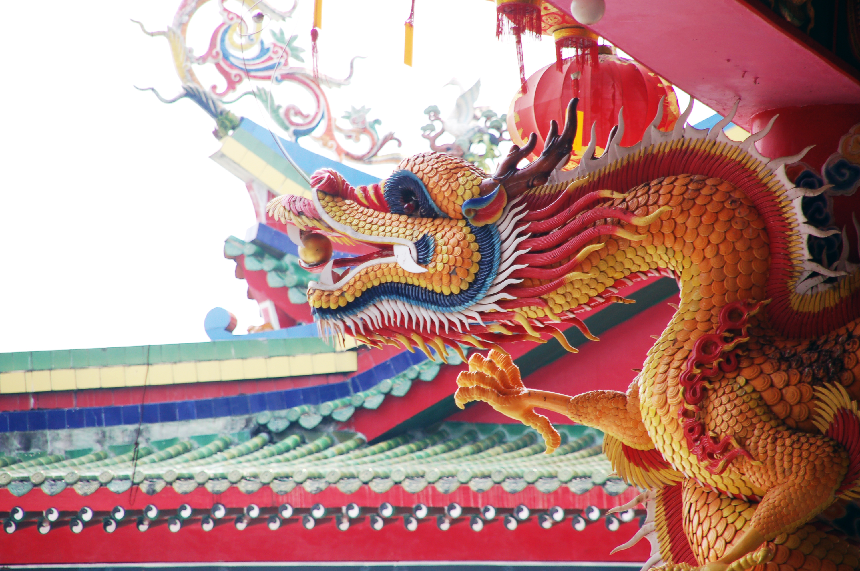 file chinese dragon statue
