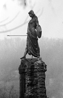 Monumento alla difesa di Casale, bronze sculpt...