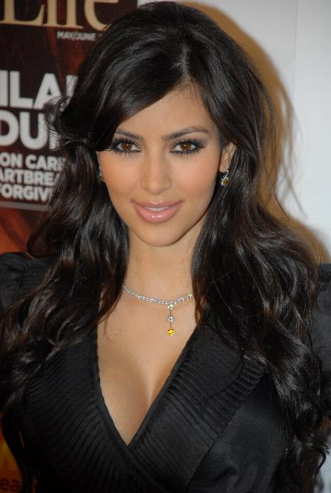 https://i0.wp.com/upload.wikimedia.org/wikipedia/commons/3/32/Kim_Kardashian.jpg