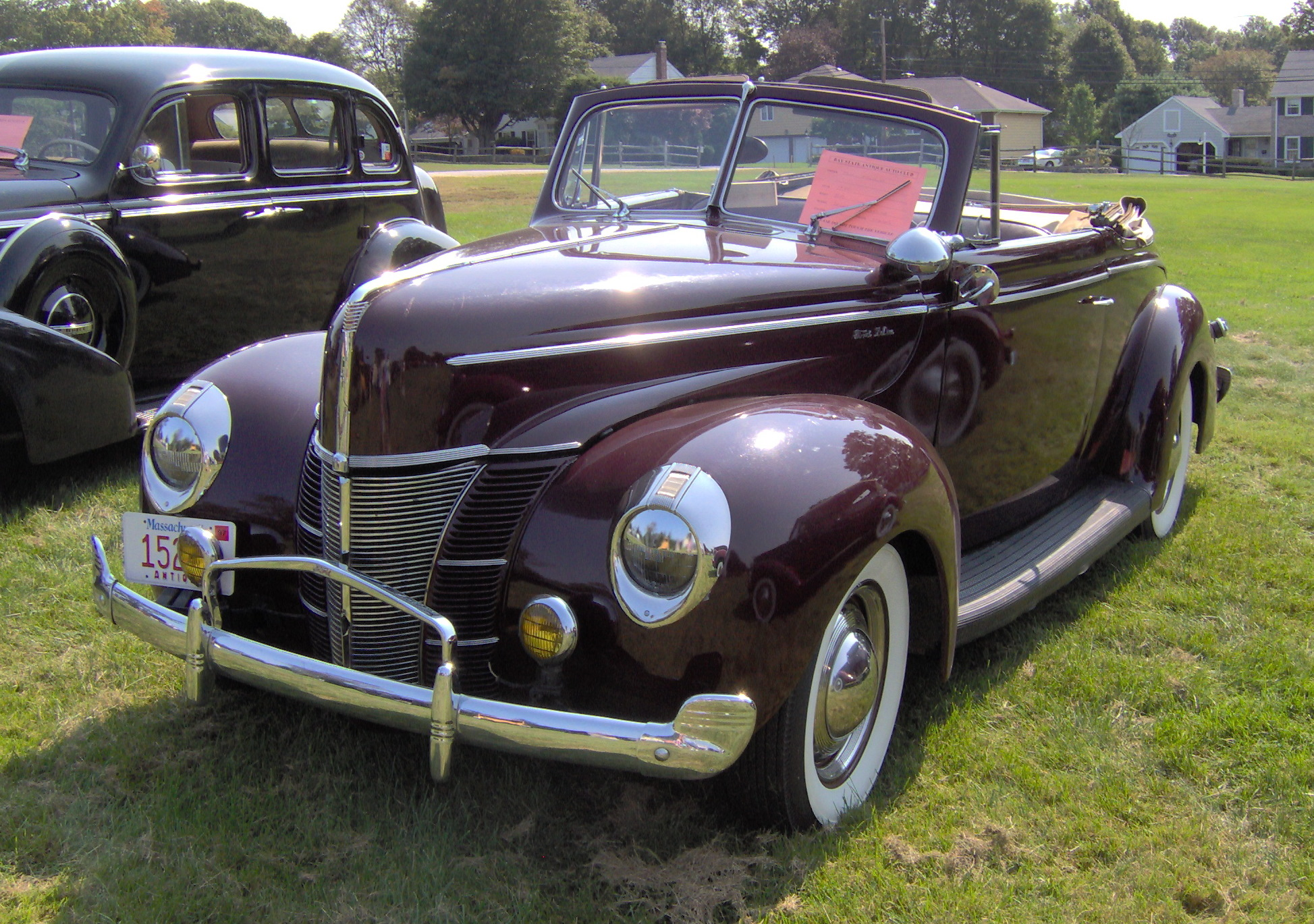 hight resolution of file 1940 ford deluxe convertible 2 jpg