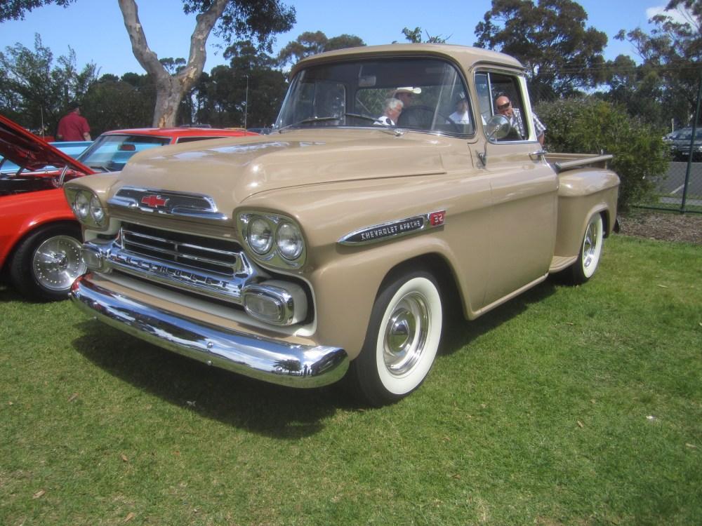 medium resolution of file 1959 chevrolet apache pickup jpg