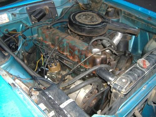 small resolution of file 1975 amc hornet 232 i6 engine jpg