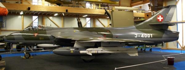 File Swiss Air Force Hawker Hunter Mk.58 Side