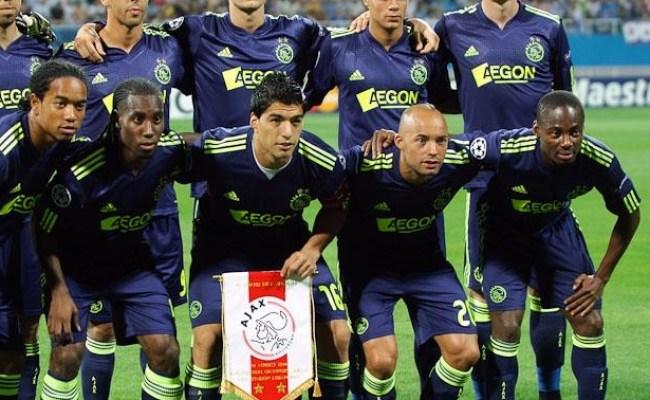 Amsterdamsche Football Club Ajax 2010 2011 Wikipedia