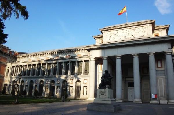 File Estatua De Velzquez Ante El Museo Del - Wikimedia Commons