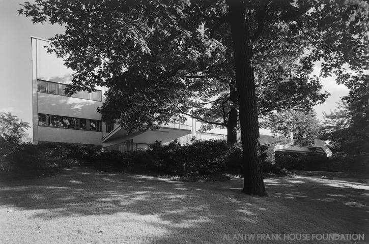 The Alan I W Frank House  Wikipedia