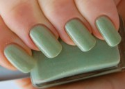file light green nail