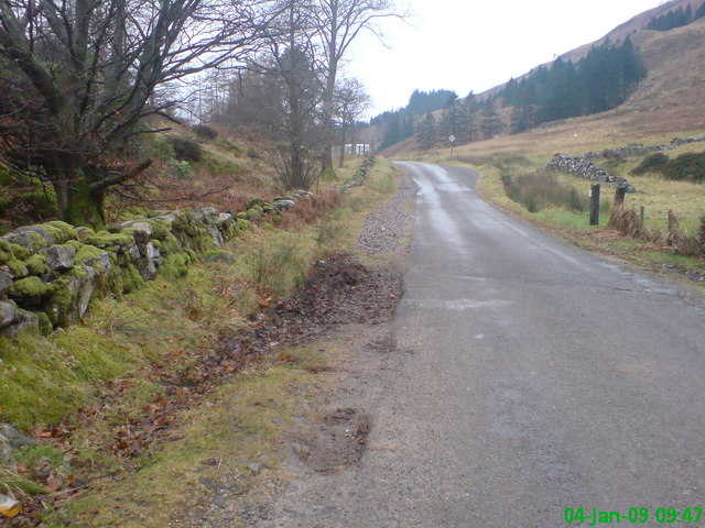 English: Old Glencoe road Looking up the Old G...