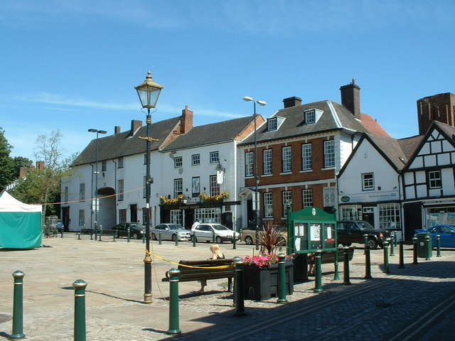 Atherstone : The Market Square