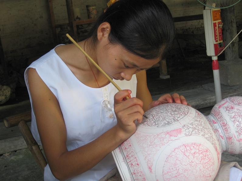 File:Porcelain Workshop, Jingdezhen, Jiangxi, China.jpg