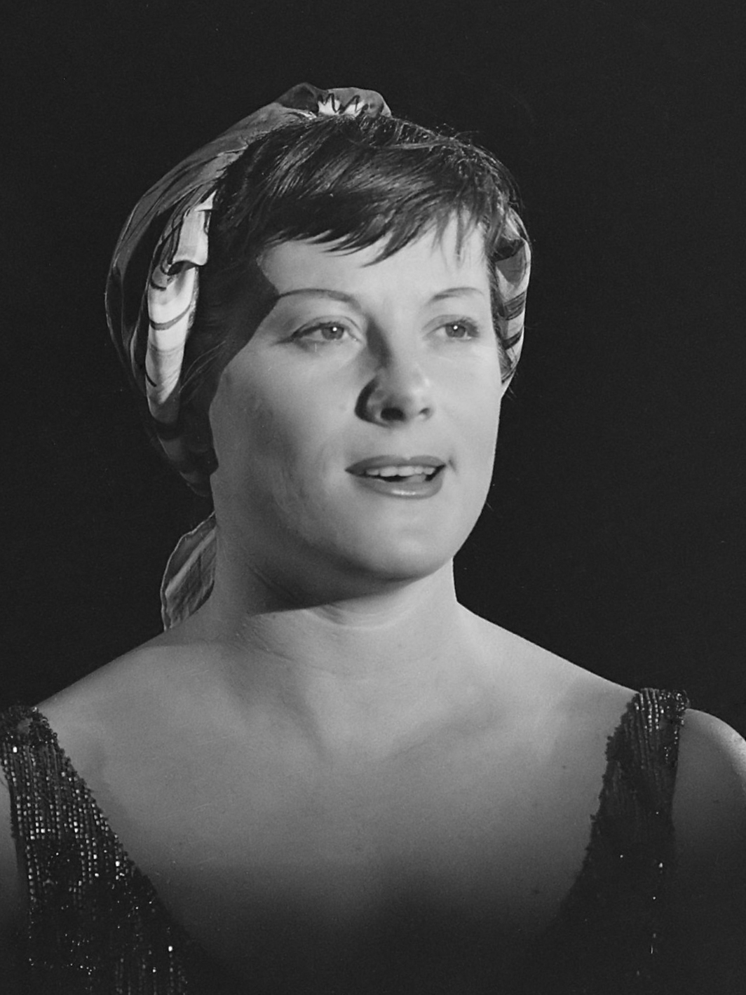 Colette Renard - Les Nuits D'Une Demoiselle - YouTube