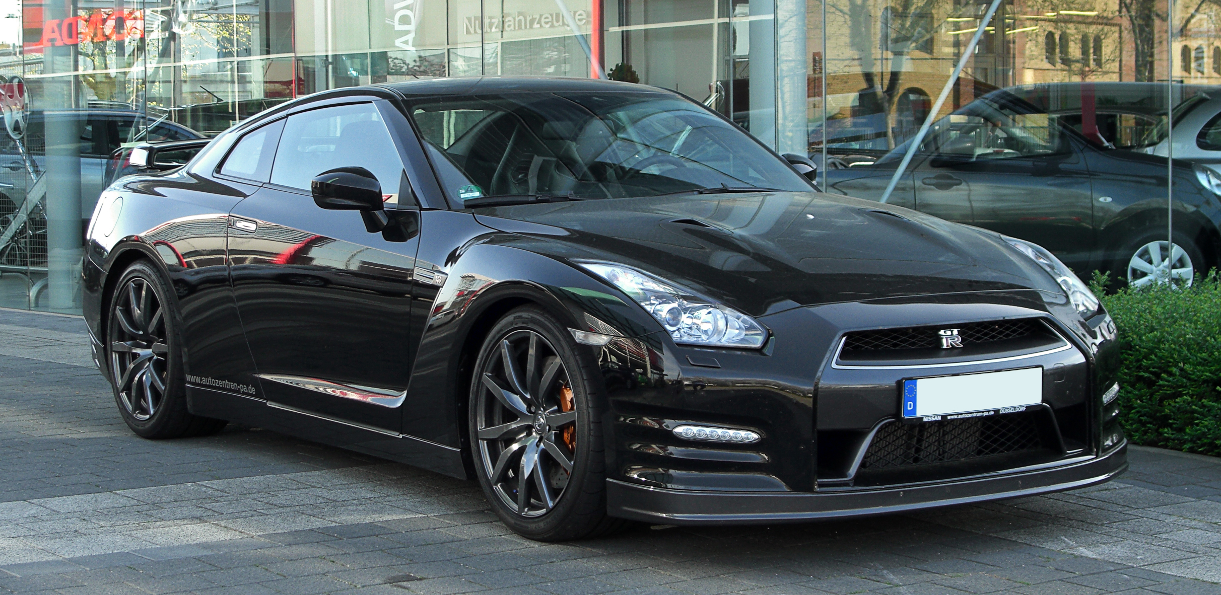 Full Hd Black Cars Wallpapers File Nissan Gt R Facelift Frontansicht 9 April 2011