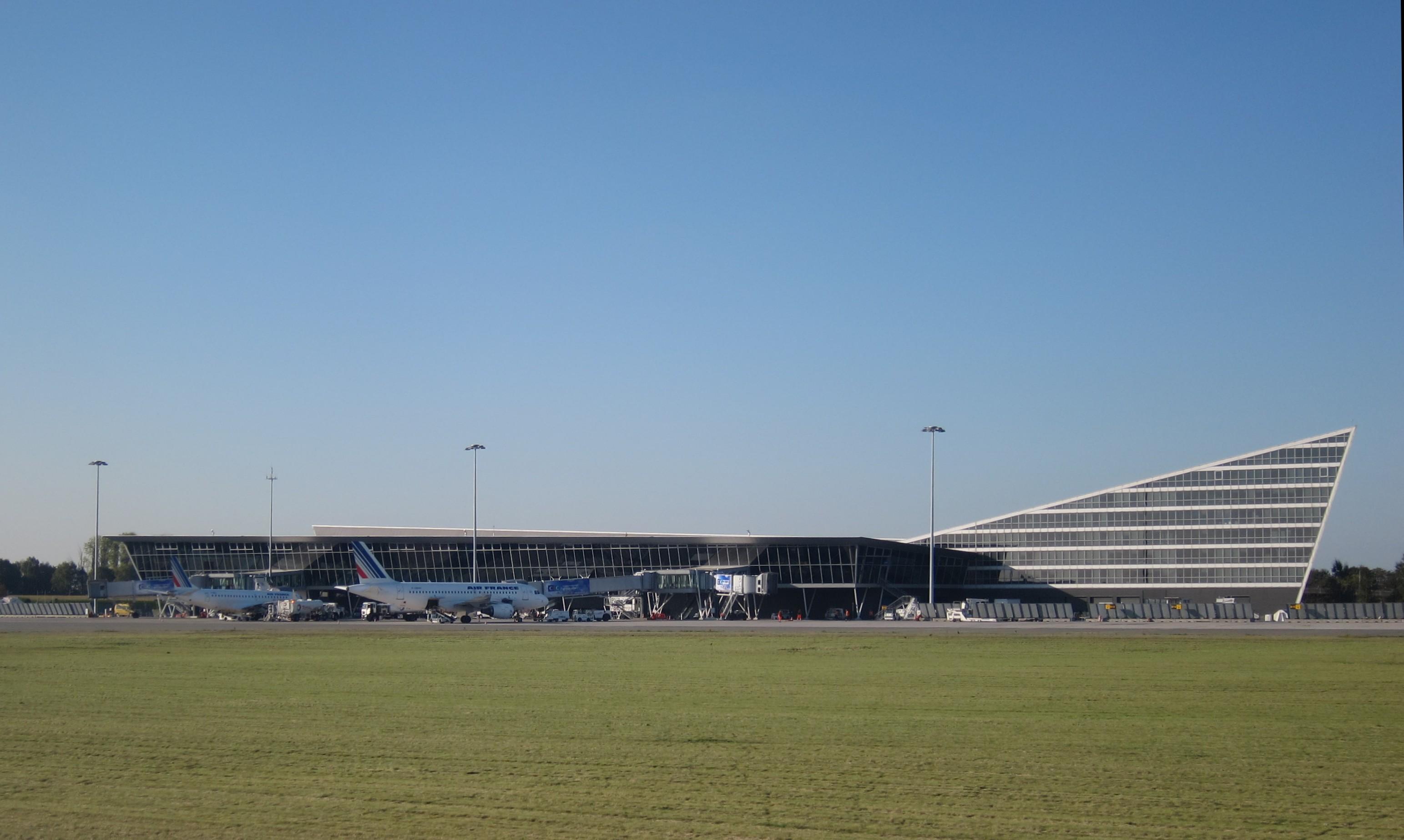 https en wikipedia org wiki lille airport