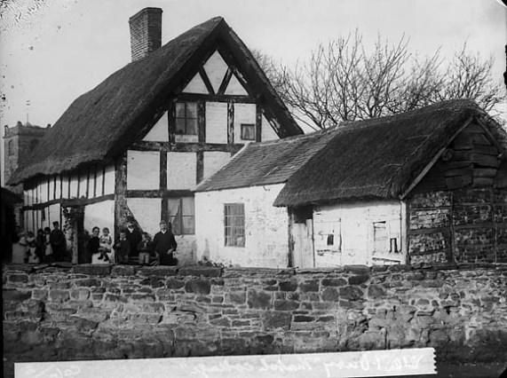 File:Thatched house, Westbury (Salop) NLW3363975.jpg - Wikimedia