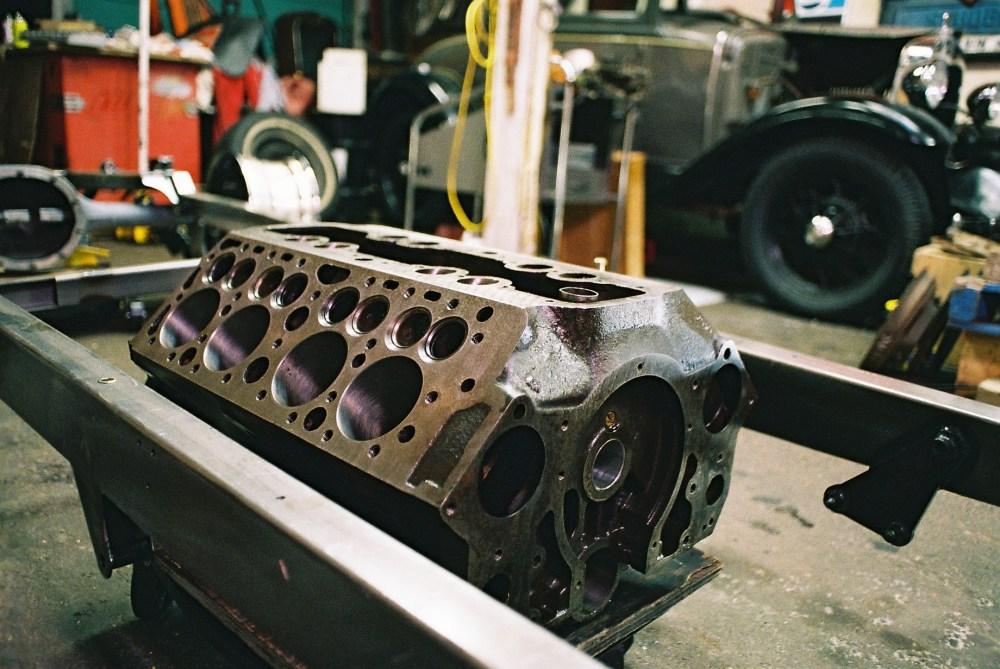 medium resolution of file the valve in block design or flathead block jpg